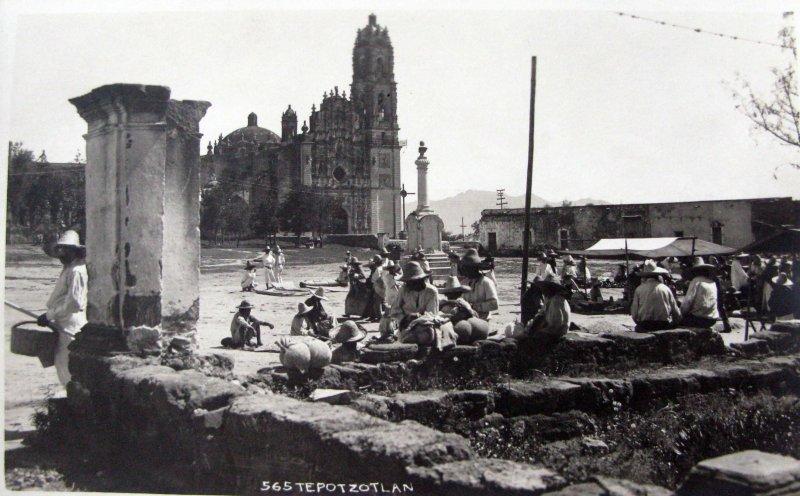 Fotos de Tepotzotlán, México, México: MERCADO por el fotografo HUGO BREHME  Hacia 1930