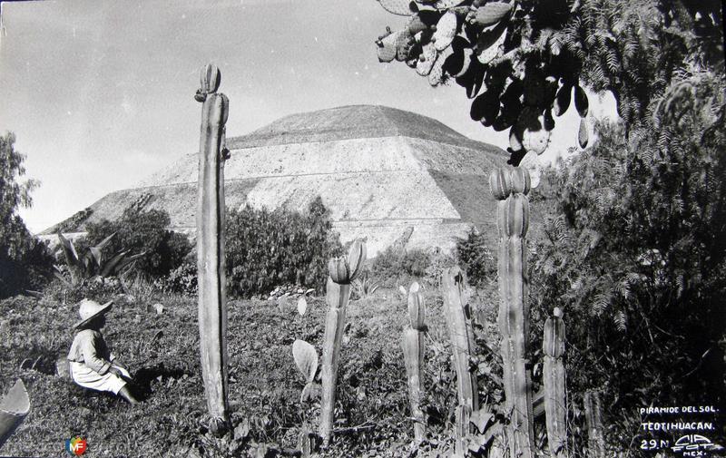 Las Piramides Hacia 1930