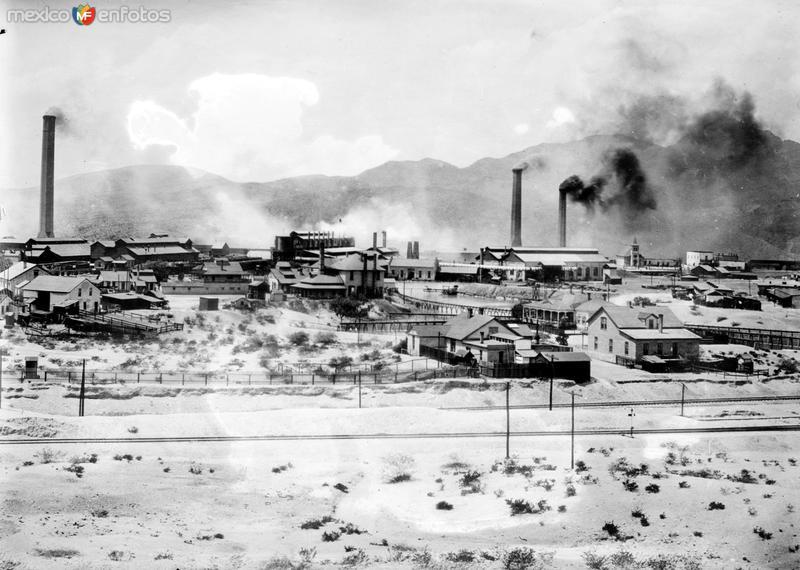 Fotos de Velarde�a, Durango, M�xico: Planta fundidora (Bain News Service, c. 1917)
