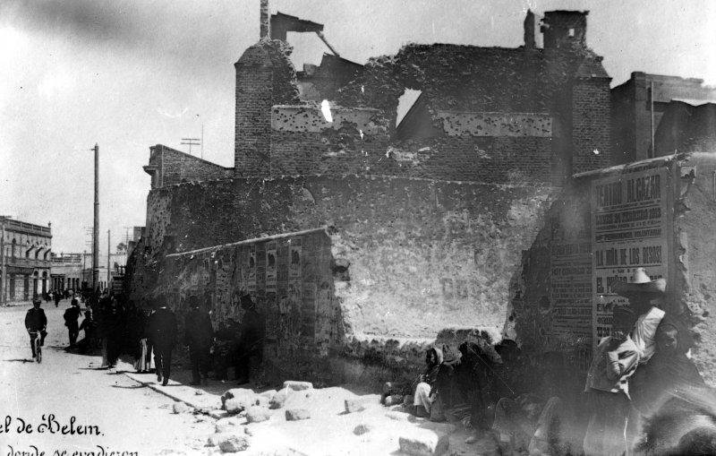 Fotos de , , México: Destrucción en la Cárcel de Belén, durante la Decena Trágica (Bain News Service, 1913)