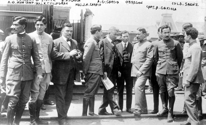 Gral. Alvaro Obregón en El Paso, Texas (Bain News Service, 1916)