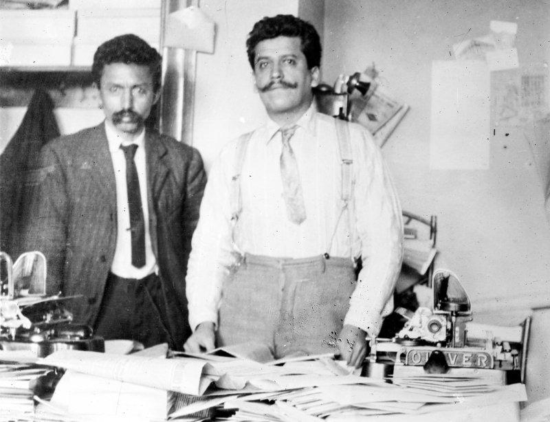 Librado Rivera y Enrique Flores Magón (Bain News Service, c. 1910)