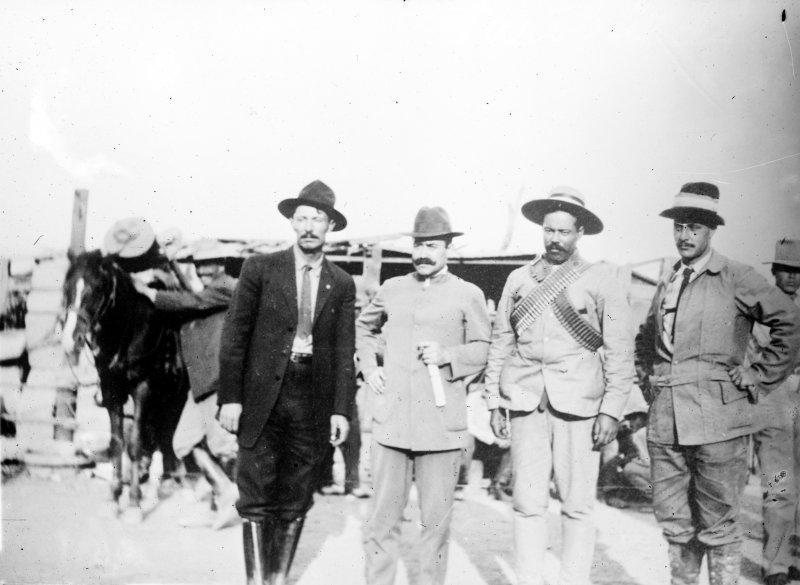 Pascual Orozco, Oscar Braniff, Pancho Villa y Giuseppe Garibaldi (Bain News Service, 1911)