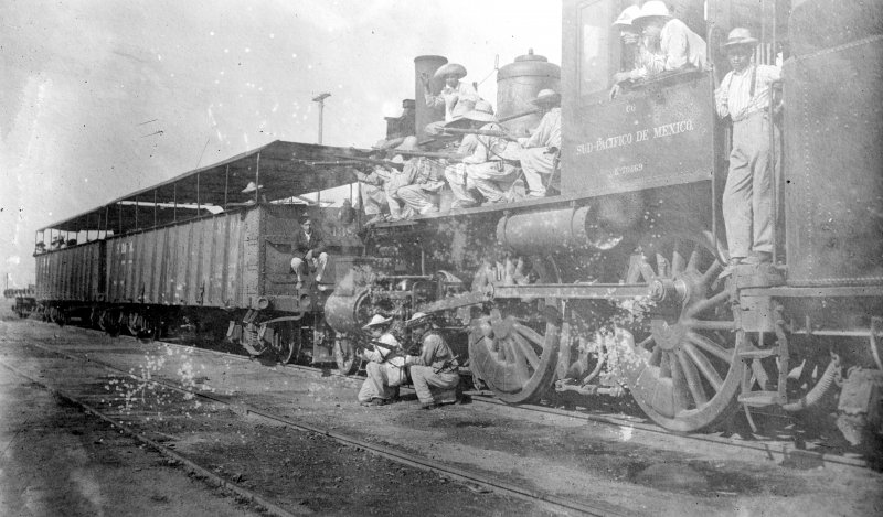 Tren armado del Ejército Federal (Bain News Service, c. 1912)