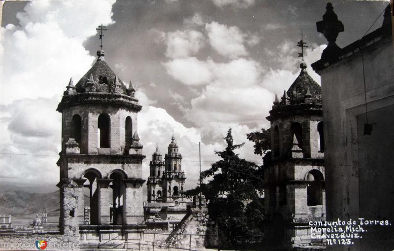 CONJUNTO DE TORRES Hacia 1945