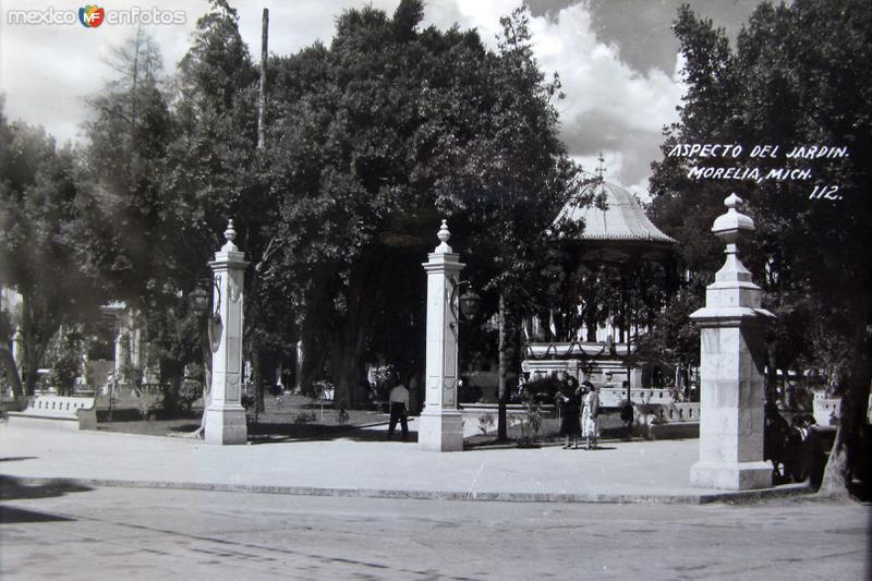 ASPECTODE EL JARDIN Hacia 1945