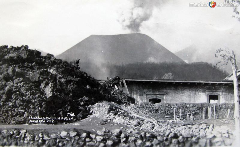 ERUPCION DEL VOLCAN Hacia 1945