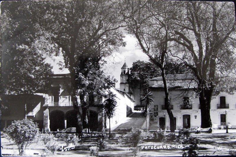 PANORAMA Y PLAZA Hacia 1945