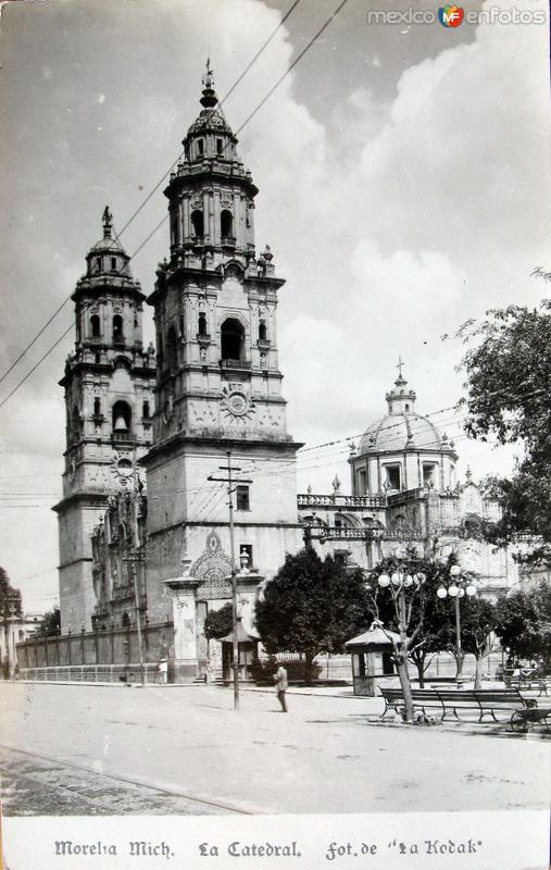 PANORAMA DE LA CATEDRAL Hacia 1900