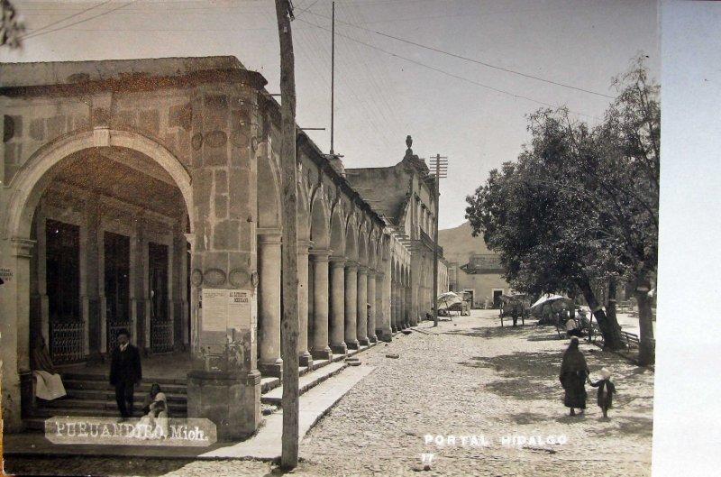 Fotos de Puruandiro, Michoacán, México: PORTAL HIDALGO Hacia 1930