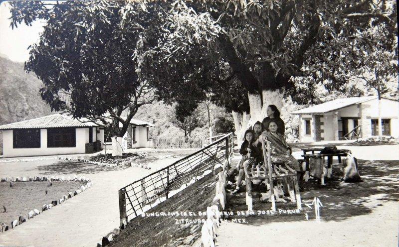 SOMBREANDO Hacia 1945