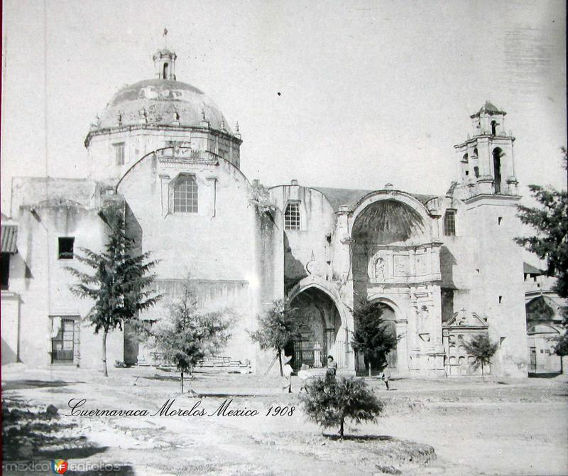 PANORAMA E IGLESIA Hacia 1909