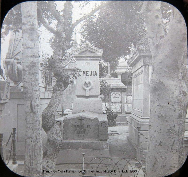 Tumba de Mejia Panteon de San Fernando Mexico D F Hacia 1900