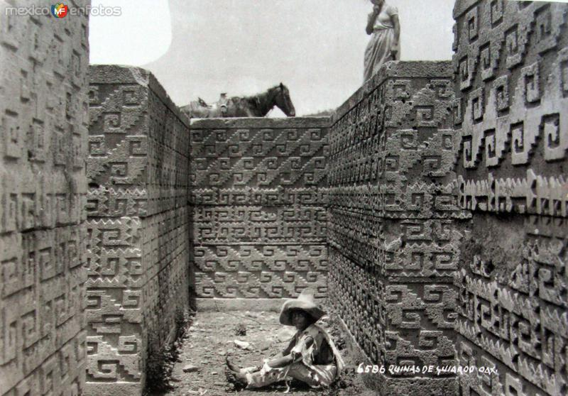 LAS RUINAS por el fotografo HUGO BREHME Hacia 1930