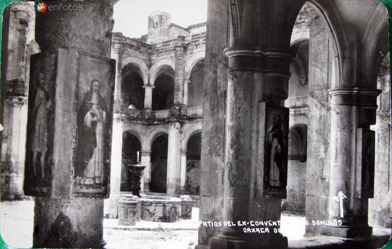 PATIOS DEL TEMPLO DE STO DOMINGO Hacia 1945