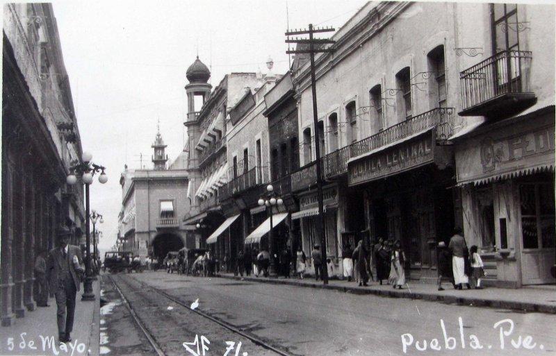 CALLE 5 DE MAYO Hacia 1930