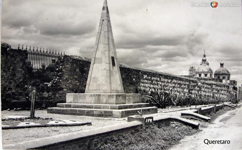 IGLESIAS Y PANORAMA Hacia 1945