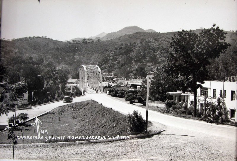 PANORAMA CARRETERA Y PUENTE Hacia 1945