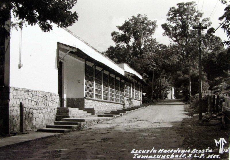 ESCUELA MACEDONIO ACOSTA Hacia 1945