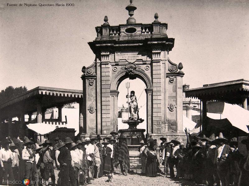 Fuente de Neptuno Queretaro Hacia 1900