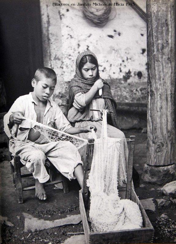 TIPOS MEXICANOS Hiladores Hacia 1945