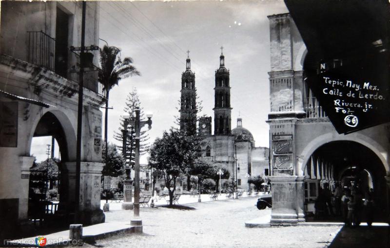 CALLE DE LERDO Hacia 1930