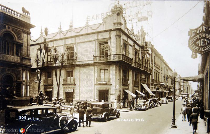 SAMBORNS DE AVE MADERO Alrededor de 1940