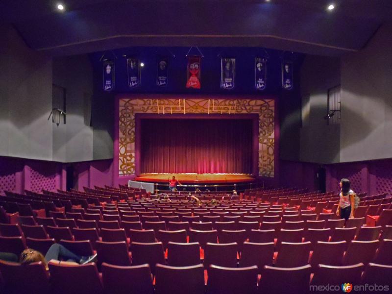 Teatro Jose Nieto Piña