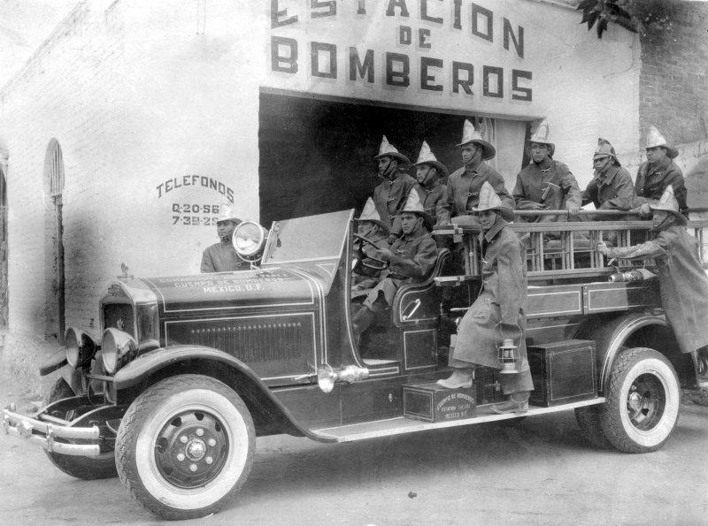 Cuerpo de bomberos de la Ciudad de México, Estación Tacuba (ca. 1936)