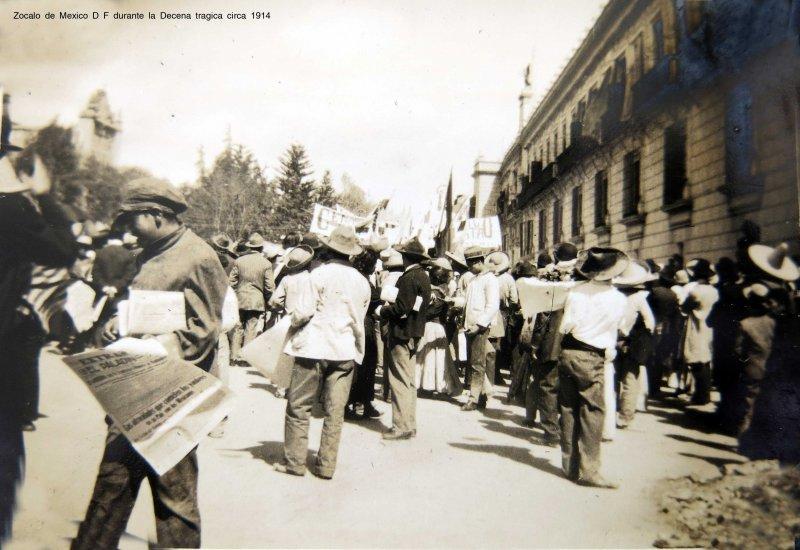 Zocalo de Mexico D F durante la Decena tragica circa 1914