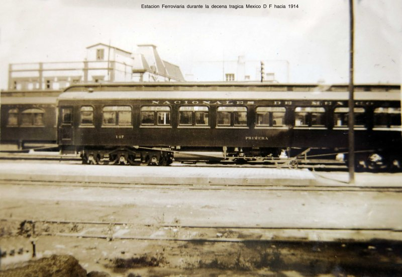 Estacion Ferroviaria durante la decena tragica Mexico D F hacia 1914