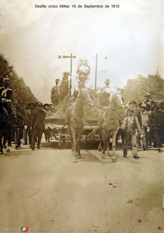 Desfile civico Militar 16 de Septiembre de 1912