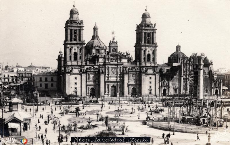Catedral y Zócalo