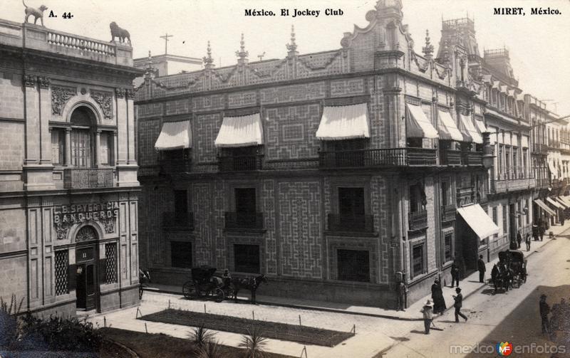 El Jockey Club (Casa de los Azulejos)