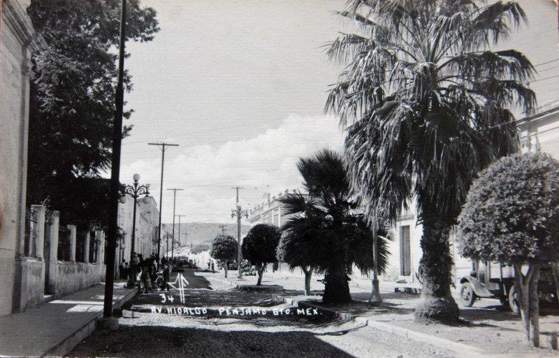 AVENIDA HIDALGO Circa 1930-1950