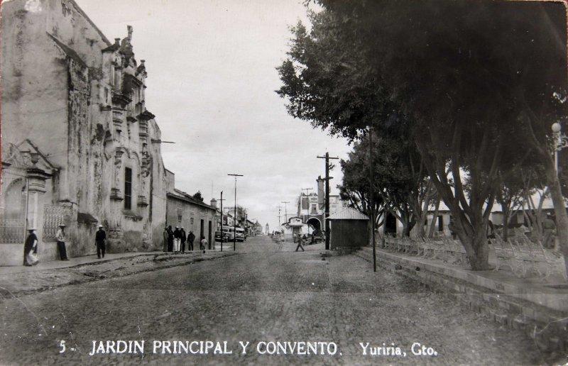 JARDIN PRINCIPAL Y CONVENTO Circa 1930-1950