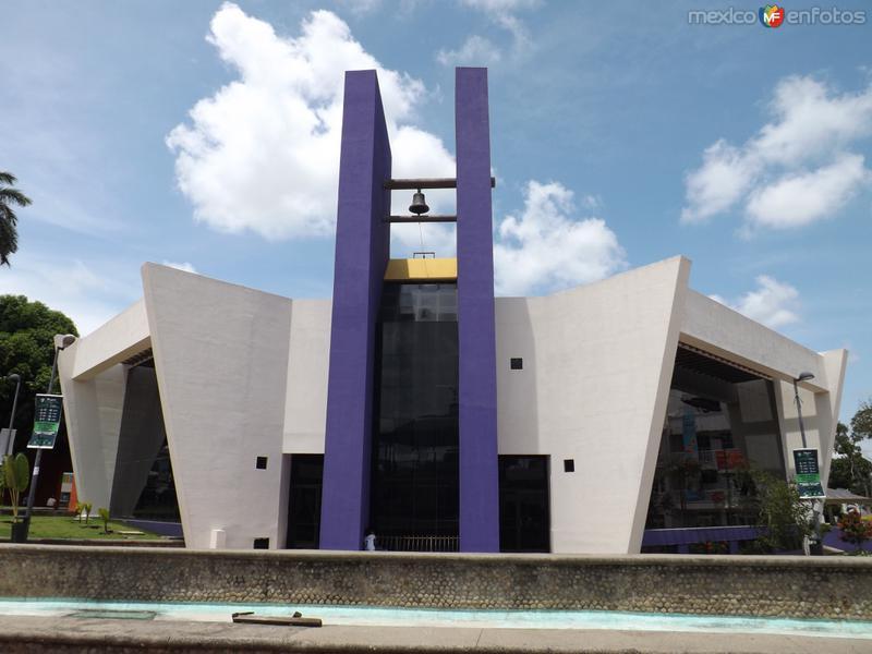 Catedral en el Parque Bicentenario. Julio/2015