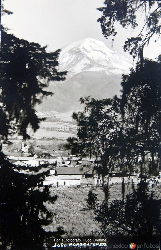 VOLCAN POPOCATEPETL Por el fotografo Hugo Brehme Hacia 1930
