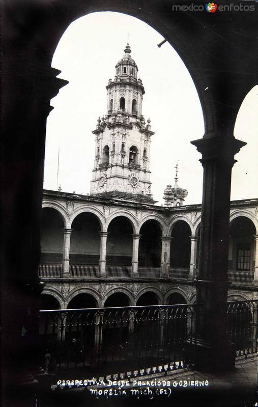 PERSPECTIVA DEL PALACIO DE GOBIERNO Y CATEDRAL Circa 1930-1950