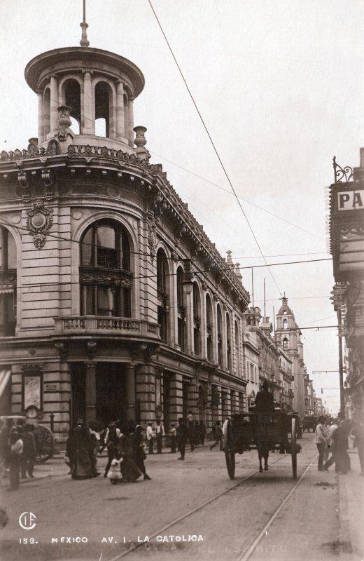 Avenida Isabel La Católica