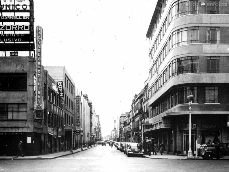 AVENIDA Circa 1930- 1950
