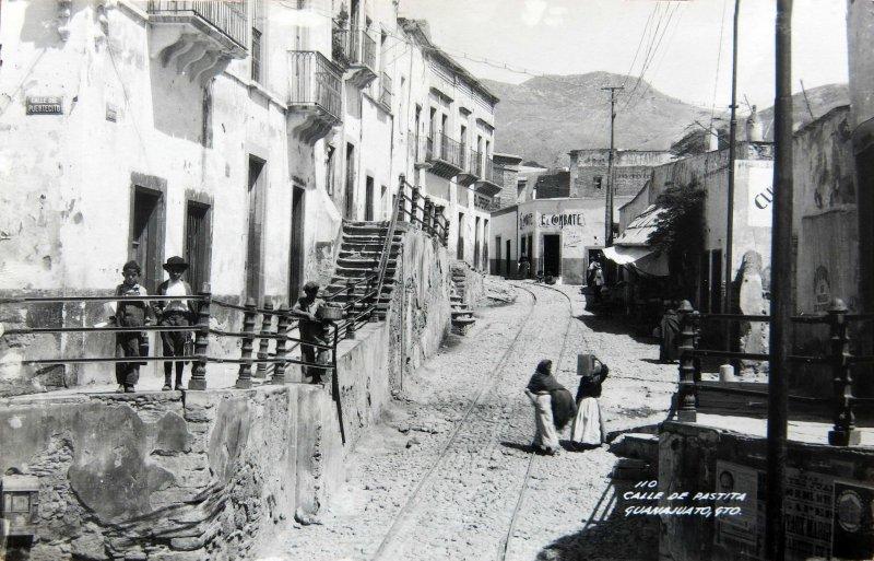 CALLE DE PASTITA Circa 1930-1950