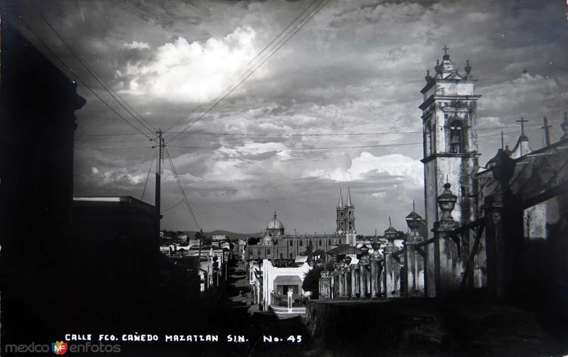 CALLE FRANCISCO CANEDO Circa 1930-1950