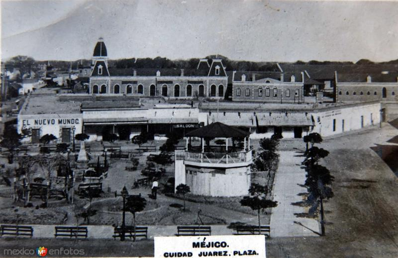 LA PLAZA circa 1900