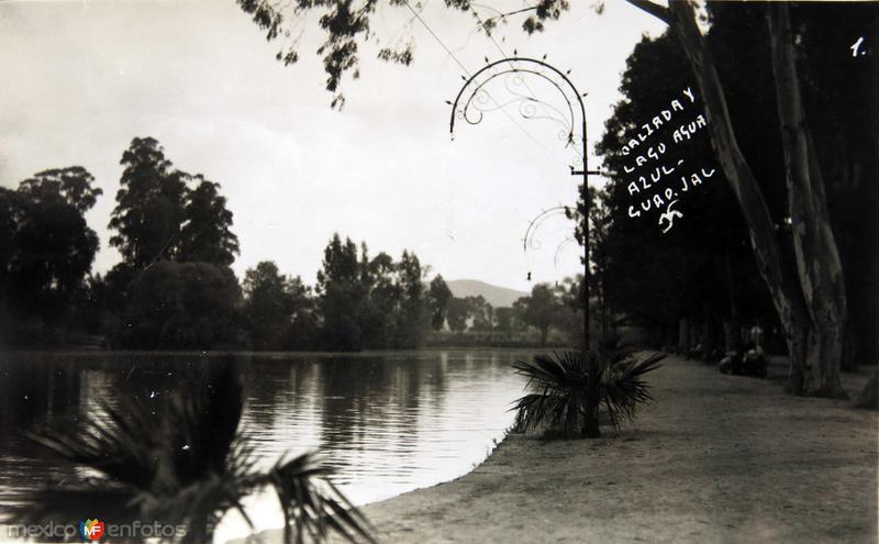 CALZADA Y LAGO AGUA AZUL Circa 1930-1950