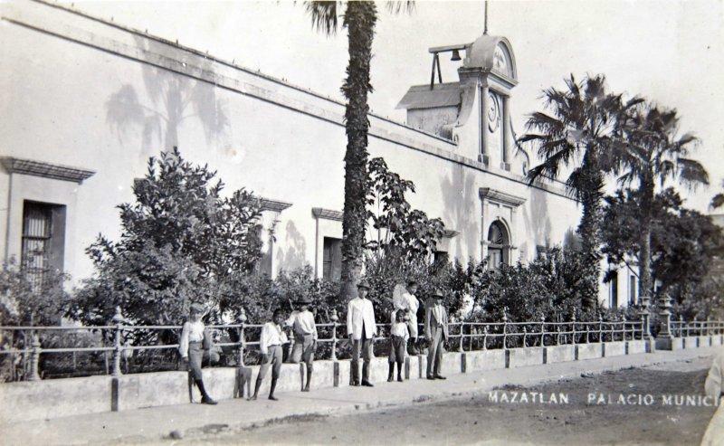 PALACIO MUNICIPAL Hacia 1900-1920