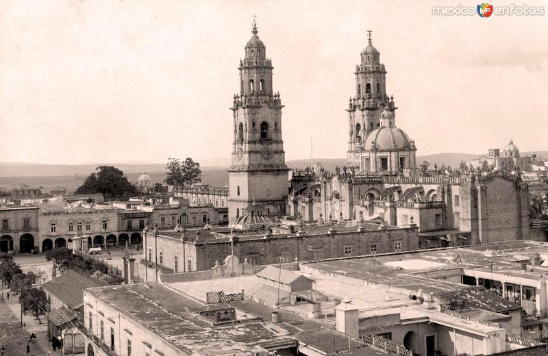 Morelia, vista a la Catedral, 1923