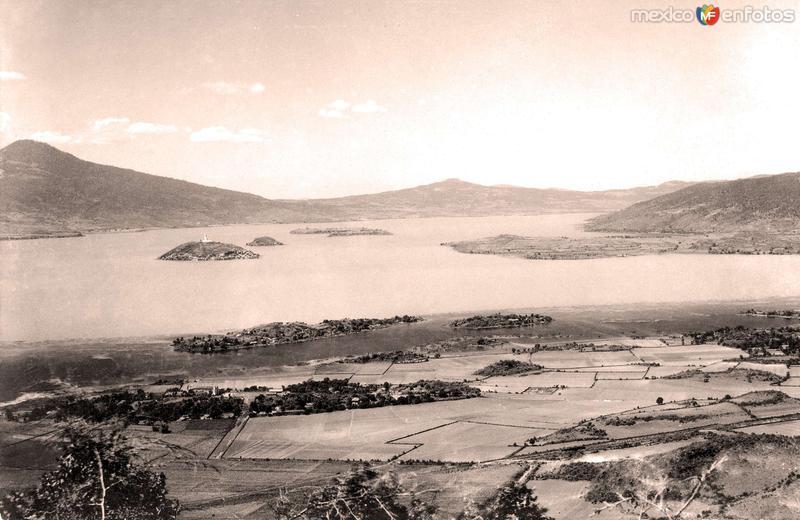 Pátzcuaro, vista panorámica del lago y sus alrededores