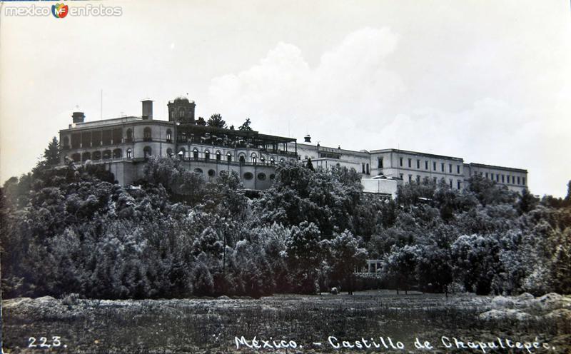 EL CASTILLO DE CHAPULTEPEC Circa 1900-1930