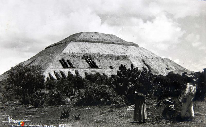 PIRAMIDE DE EL SOL circa 1930-1950
